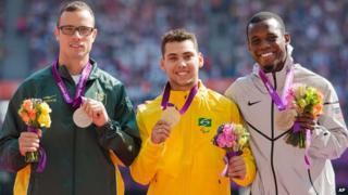 Pistorius and Olivera get their medals