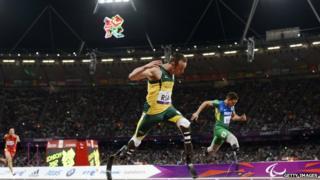 Oscar Pistorius winning his race