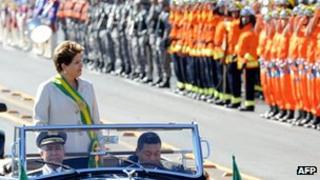 Dilma Rousseff at Independence Day Parade in Brasilia in 2012