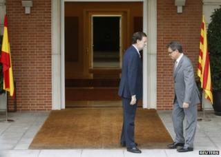 Catalan President Artur Mas (R) meets Spanish Prime Minister Mariano Rajoy in Madrid, 20 September