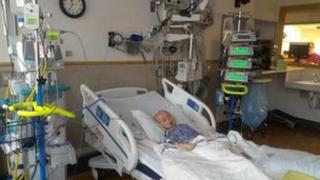 Oscar Knox in ICU in US hospital