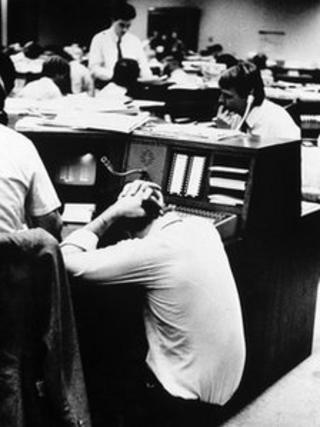 Stock broker reacts to falling share prices in October 1987