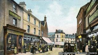 Silver Street in Wellingborough about 100 years ago