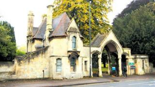 St James Cemetery Lodge