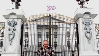 Eddie Heath and the model of Buckingham Palace