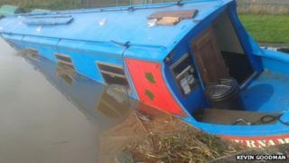 Sunken narrowboat
