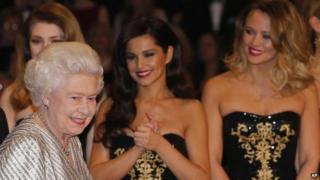 The Queen meeting Girls Aloud