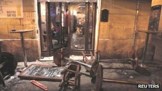The Drunken Ship bar in Rome