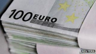 Euro notes - file pic