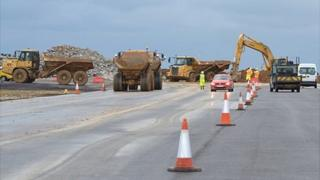 Guernsey Airport: Work on the runway during the closure of the airport