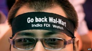 India protest against Walmart in August 2012