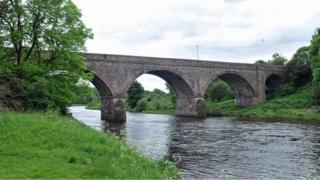 Tweedbank bridge