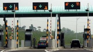 M6 toll road gates