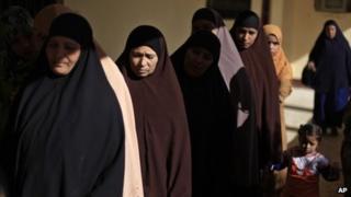 Referendum voters in Egypt (22 December 2012)