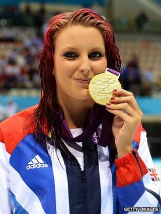 Jessica-Jane Applegate at the Aquatics Centre with her Paralympic gold medal
