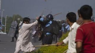 Protesters clash with Pakistani police in September
