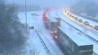 Traffic stuck in snow on Haldon Hill in January 2010.