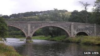 Old Tweed Bridge