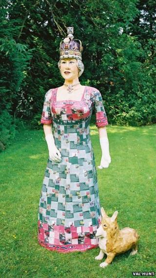 Model of the Queen made by recycling artist Val Hunt