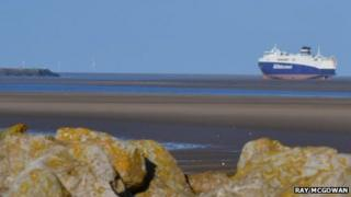 Airbus ship aground - photo by Ray McGowan