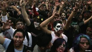 People dressed as zombies in Mexico City