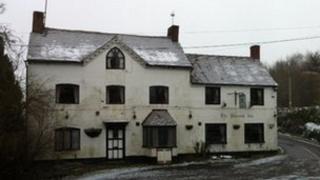 The Pheasant pub, Neenton