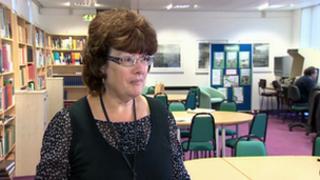 Carol Bandy, Mold librarian