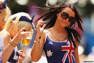 Australian women with beer