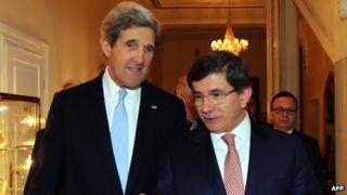 US Secretary of State John Kerry with Turkish Foreign Minister Ahmet Davutoglu in Ankara on 1/3/13