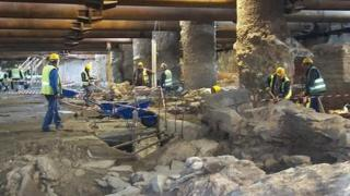 Workers at Roman ruins discovered beneath Thessaloniki