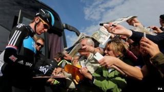 Bradley Wiggins signs autographs in Stoke