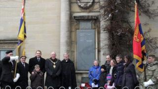 Plaque unveiled for William Mills in Kettering