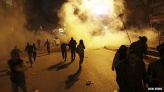 Clashes near Muslim Brotherhood offices in Cairo. 22 March 2013