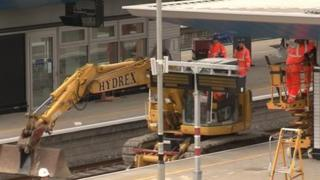 Work at Reading Station