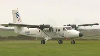 Skybus plane