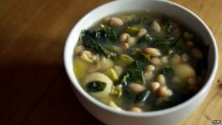 White bean, kale and pasta soup