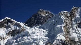 File photo of Mount Everest (4 December 2009)