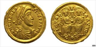 Gold Roman solidus