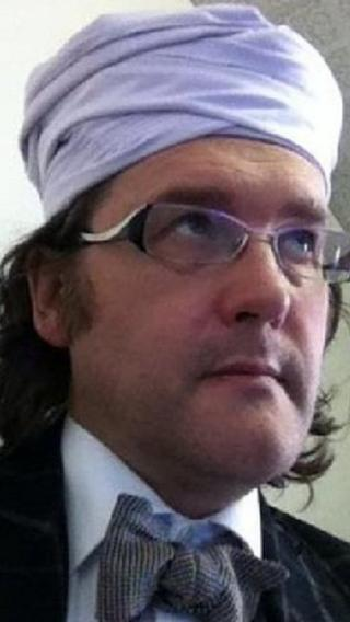 Headteacher Tim Luckcock wearing a turban.
