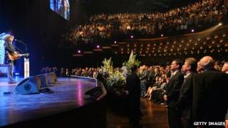 Alan Jackson performs at George Jones' funeral at the Grand Ole Opry House in Nashville