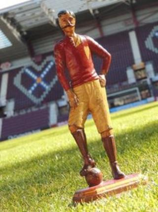 Hearts player statue