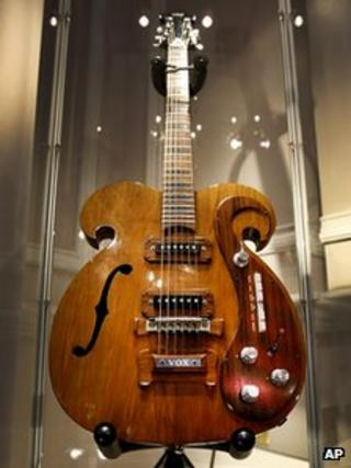 Beatles guitar