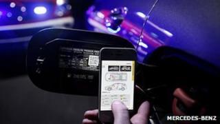 Mercedes QR code