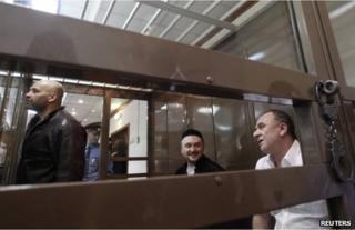 Rustam Makhmudov (C), Sergei Khadzhikurbanov (L) and Lom-Ali Gaitukayev in court in Moscow, 3 June