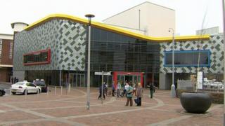 Ffwrnes Theatre