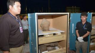 Cambodian statues returned