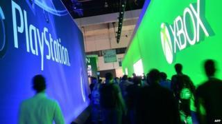 Playstation and Xbox logos