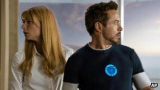 Gwyneth Paltrow and Robert Downey Jr in Iron Man 3