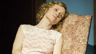 Anne-Marie Duff in Strangle Interlude