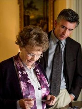 Dame Judi Dench and Steve Coogan in Philomena